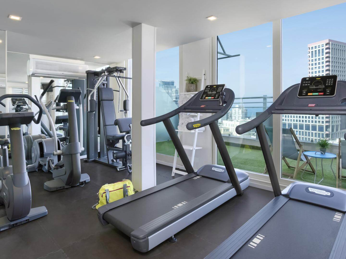 BY14 fitness center